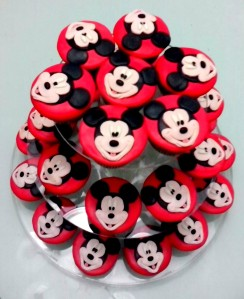 Cupcake Stand Mickey, irresistible ... :D